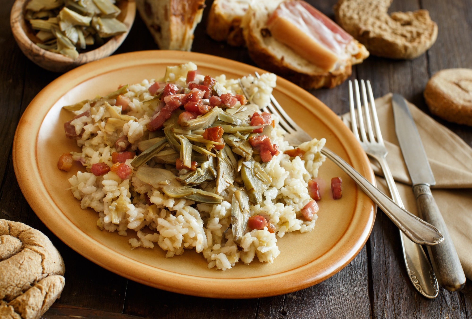 Risotto with artichokes and bacon